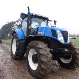 New Holland T7.235 – SOLD