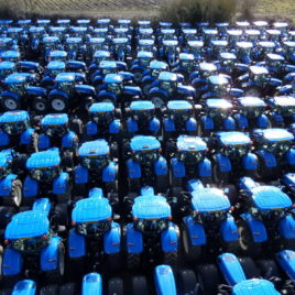 Our main supplier of Used New Holland Tractors has been CNH Industrial who have a contract with Langmead Farms-Sussex to supply 250 new tractors each year.